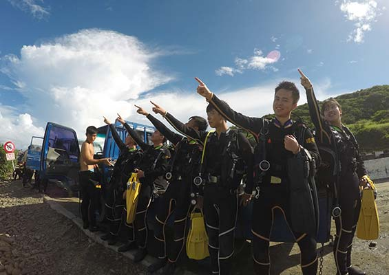 about-us-try-scuba-diving 關於我們