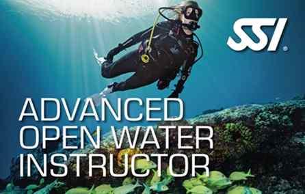進階開放水域潛水教練