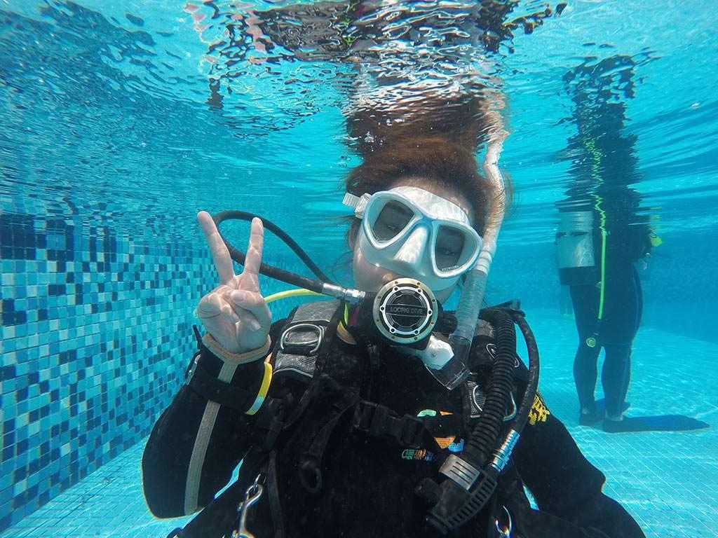 開放水域潛水員
