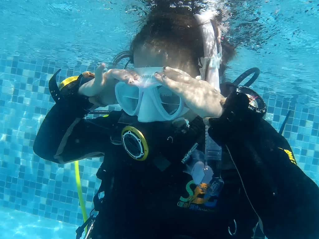 ow-dive-course-introduction-4d3n 開放水域潛水員