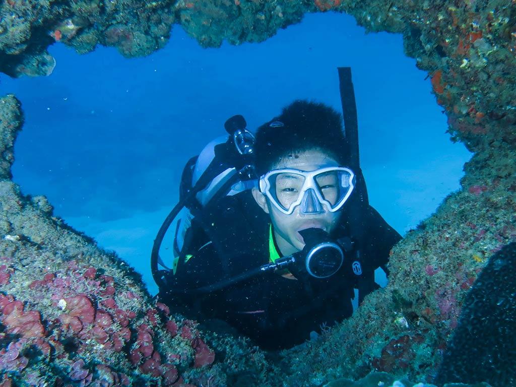 scuba-diver-content-2nd 水肺潛水員